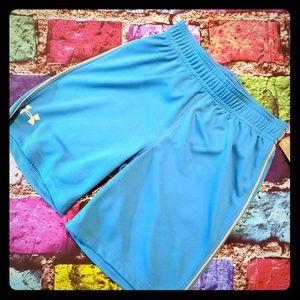 Nwt new under armour shorts boys 5